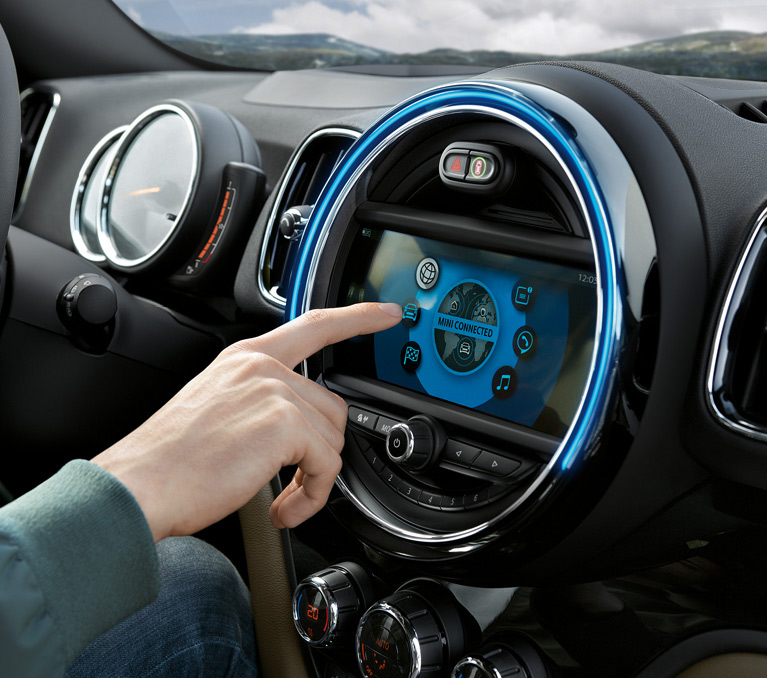 TOUCHSCREEN DISPLAY.