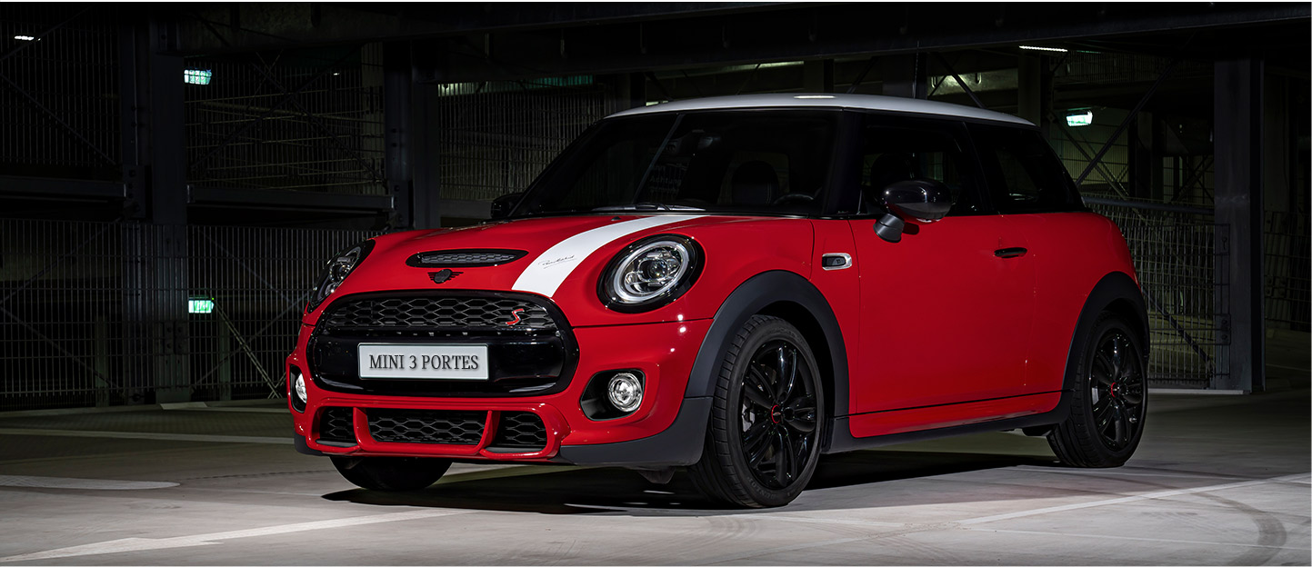 MINI 3 Door Red Car Image